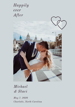 Light Blue Wedding Announcement Card with Couple Kissing 結婚通知