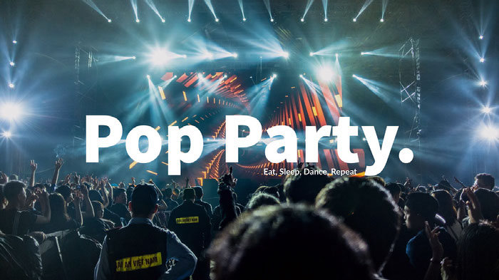 Light, Modern Pop Party You Tube Cover  Ideas de banner YouTube