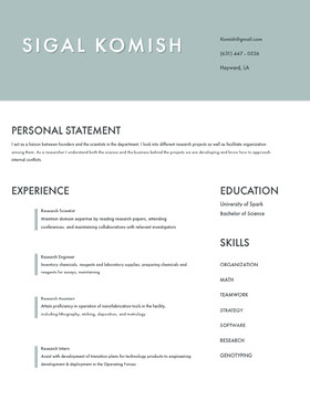 Pale Blue Modern Scientist and Engineer Resume Currículum moderno