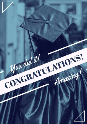 Blue Graduation Congratulations Card with Student in Mortarboard Biglietto di congratulazioni