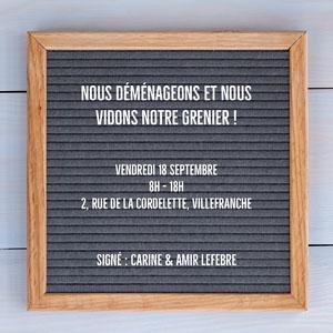 Black Letter Board Attic Sale Instagram Square Flyer publicitaire