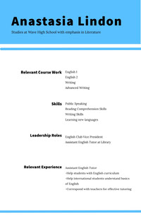 Blue and White Professional Resume Curriculum scuola superiore