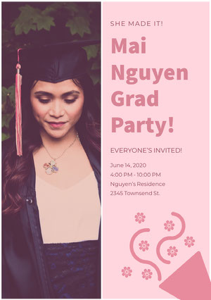 Pink Graduation Party Invitation Card with Photo of Student in Mortarboard Convite para formatura