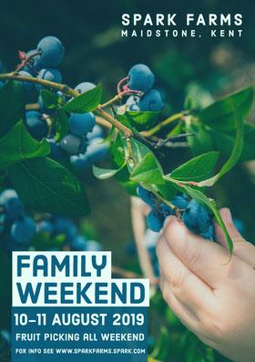 Family Weekend Folleto de invitación a evento