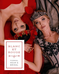 <BR>BLANC<BR>ET<BR>ROUGE Dress