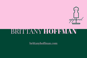 Pink and Green Fashion Designer Business Card Biglietto da visita