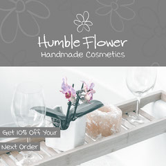 Grey and White Humble Flower Handmade Cosmetic Instagram Square Cosmetic