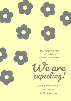 Yellow and Gray Floral Pregnancy Announcement Card Wir bekommen ein Kind