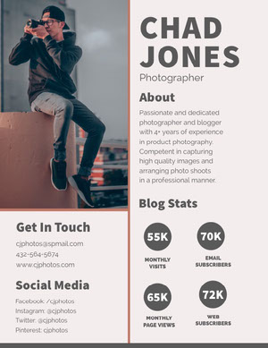Gray and Brown Photographer and Blogger Media Kit with Man with Camera Mediesæt
