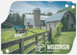 Wisconsin USA Postcard with Farm Photo Vykort