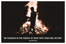 Inspirational Quote Postcard with Bonfire Vykort
